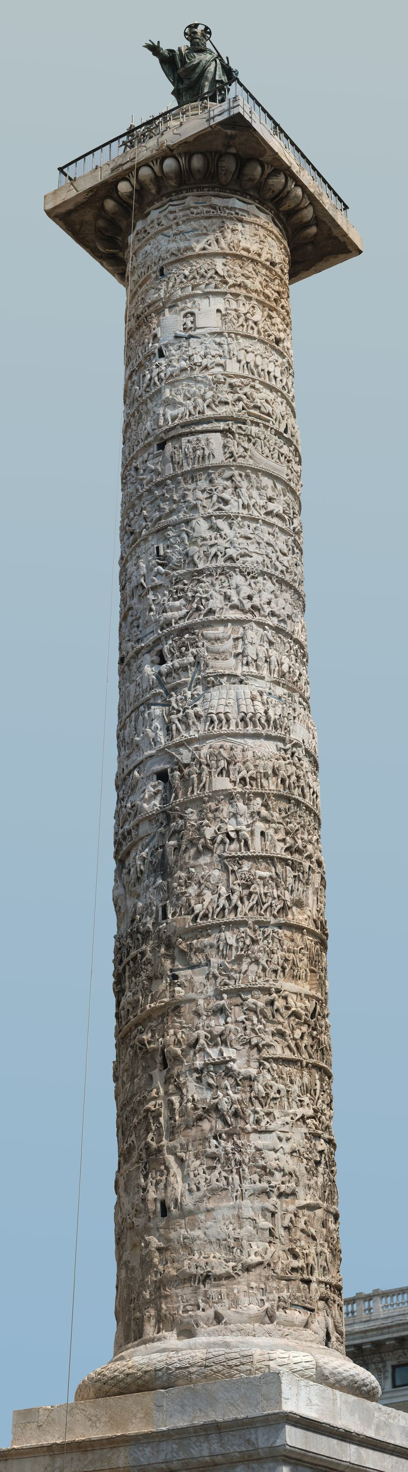 Column_of_Marcus_Aurelius_detailed_view_03_9313px